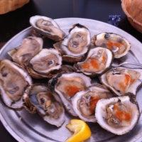 5/13/2012에 Stephen D.님이 Awful Arthur's Oyster에서 찍은 사진