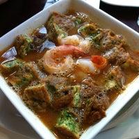 6/2/2012 tarihinde Unchalee C.ziyaretçi tarafından Ayada Thai'de çekilen fotoğraf