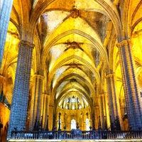 Foto tomada en Catedral de la Santa Cruz y Santa Eulalia por Rod P. el 6/2/2012