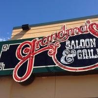 Foto scattata a Grandma's Saloon & Grill da Nicole U. il 7/8/2012