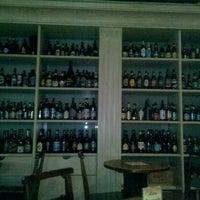 Foto tirada no(a) Cervejaria da Vila por Igor G. em 8/8/2012