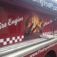 Das Foto wurde bei Fire Engine Pizza Company von Marty M. am 5/4/2012 aufgenommen