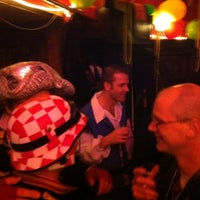 2/18/2012 tarihinde Dick B.ziyaretçi tarafından Bar Le Petit'de çekilen fotoğraf
