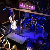รูปภาพถ่ายที่ Maison โดย April B. เมื่อ 5/13/2012