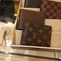 01ed996ec ... Foto tomada en Louis Vuitton Mexico Masaryk por Charles N. el 9/5/ ...