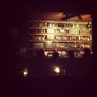 Das Foto wurde bei Sycamore Flower Shop + Bar von D. Casey am 3/5/2012 aufgenommen