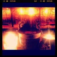 รูปภาพถ่ายที่ La Clandestina โดย Dario เมื่อ 9/12/2012