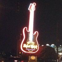 Foto diambil di Seminole Hard Rock Hotel & Casino oleh Gregg Rory H. pada 8/12/2012