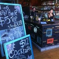 3/15/2012 tarihinde Sean G.ziyaretçi tarafından Taste Baguette & Grill'de çekilen fotoğraf
