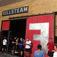 Снимок сделан в Fullsteam Brewery пользователем Adrien C. 5/23/2012