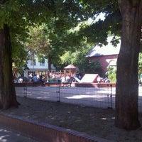 Das Foto wurde bei Kinderspielplatz Ludwigkirchplatz von Fabian B. am 5/27/2012 aufgenommen