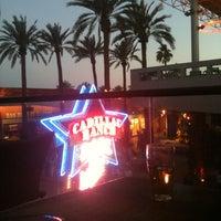5/26/2012에 Tommy K.님이 Cadillac Ranch Southwestern Bar & Grill에서 찍은 사진