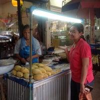 7/30/2012 tarihinde kittawit p.ziyaretçi tarafından หน้า ม.มหิดล ศาลายา'de çekilen fotoğraf
