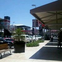 รูปภาพถ่ายที่ MULZA Outlet del Calzado โดย Roberto T. เมื่อ 5/22/2012