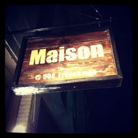 รูปภาพถ่ายที่ Maison โดย Mike H. เมื่อ 3/17/2012