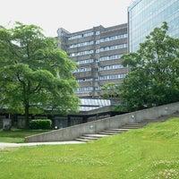 Foto diambil di Vrije Universiteit Brussel Brussels Humanities, Sciences & Engineering Campus oleh Dimitri V. pada 6/21/2012