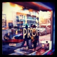 Снимок сделан в Espresso Profeta пользователем Timothy P. 4/1/2012