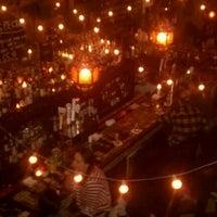 Foto scattata a Lulu's da Tom M. il 3/26/2012