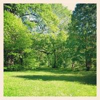 Снимок сделан в Arnold Arboretum пользователем Domenic L. 5/12/2012