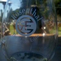 Снимок сделан в Rosenthal Wine Bar & Patio пользователем AJ F. 7/27/2012
