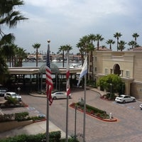 Foto scattata a Balboa Bay Resort da Neri E. il 9/5/2012