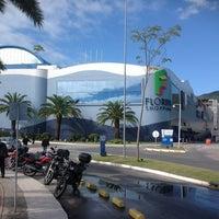 Foto tirada no(a) Floripa Shopping por Ricardo B. em 6/9/2012
