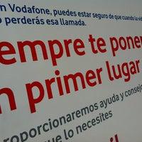 4/19/2012 tarihinde Nicolas L.ziyaretçi tarafından Niza Móviles (Vodafone)'de çekilen fotoğraf