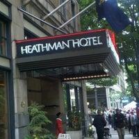 Foto tirada no(a) The Heathman Hotel por Suzy R. em 6/9/2012
