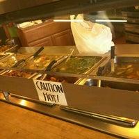 Foto scattata a Edna's Restaurant da Janice H. il 6/19/2012