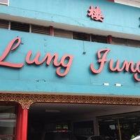 Foto tomada en Lung Fung por Ovidio M. el 5/13/2012