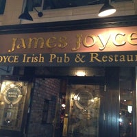 Foto scattata a James Joyce Irish Pub da Steven S. il 8/26/2012