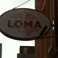 รูปภาพถ่ายที่ LOMA Coffee โดย Mikey R. เมื่อ 8/14/2012