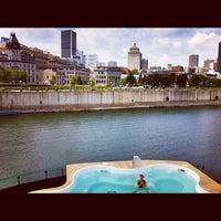 8/13/2012にGeneviève E.がBota Bota, spa-sur-l'eauで撮った写真