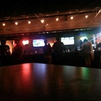 Foto tomada en Wellman's Pub & Rooftop por Michael G. el 9/2/2012