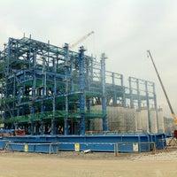 Снимок сделан в Mong Duong Power Plant Site пользователем Thieu-Bao H. 6/30/2012