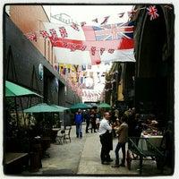 Foto scattata a Maltby Street Market da Nuno F. il 6/2/2012