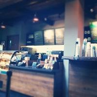 4/8/2012 tarihinde Iwan R.ziyaretçi tarafından Starbucks'de çekilen fotoğraf