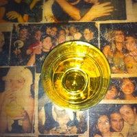 Снимок сделан в Körfez Bar пользователем Didem B. 8/18/2012