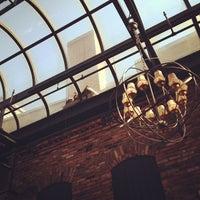 7/1/2012 tarihinde Jeeves M.ziyaretçi tarafından Columbia Firehouse'de çekilen fotoğraf