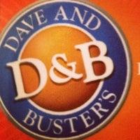 Foto tirada no(a) Dave & Buster's por Juli W. em 4/24/2012