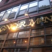 Foto tirada no(a) The Ginger Man por Party Earth em 6/13/2012