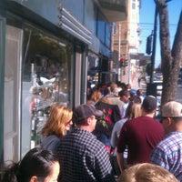 Das Foto wurde bei Tartine Bakery von Kevin D. am 8/11/2012 aufgenommen