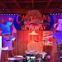 Foto scattata a Captain's Getaway da Christopher B. il 5/4/2012