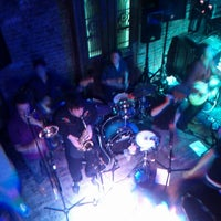Das Foto wurde bei Mehanata Bulgarian Bar von Brendan C. am 4/1/2012 aufgenommen