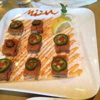 8/2/2012에 Thanh N.님이 Mizu Sushi Bar & Grill에서 찍은 사진