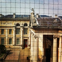 Das Foto wurde bei The Ashmolean Museum von Alceo S. am 8/11/2012 aufgenommen