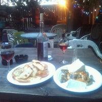 6/21/2012에 Greg D.님이 Bacchanal Wine에서 찍은 사진