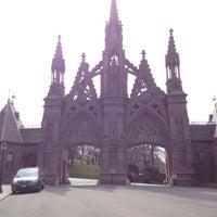 3/24/2012にJがThe Green-Wood Cemeteryで撮った写真