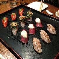 Photo prise au Sushi of Gari 46 par V B. le5/27/2012