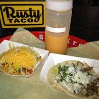 8/21/2012에 Nathan V.님이 Rusty Taco에서 찍은 사진